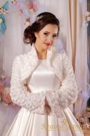 Шубка для невесты из искусственного меха