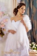Палантин из лебяжьего пуха для невесты